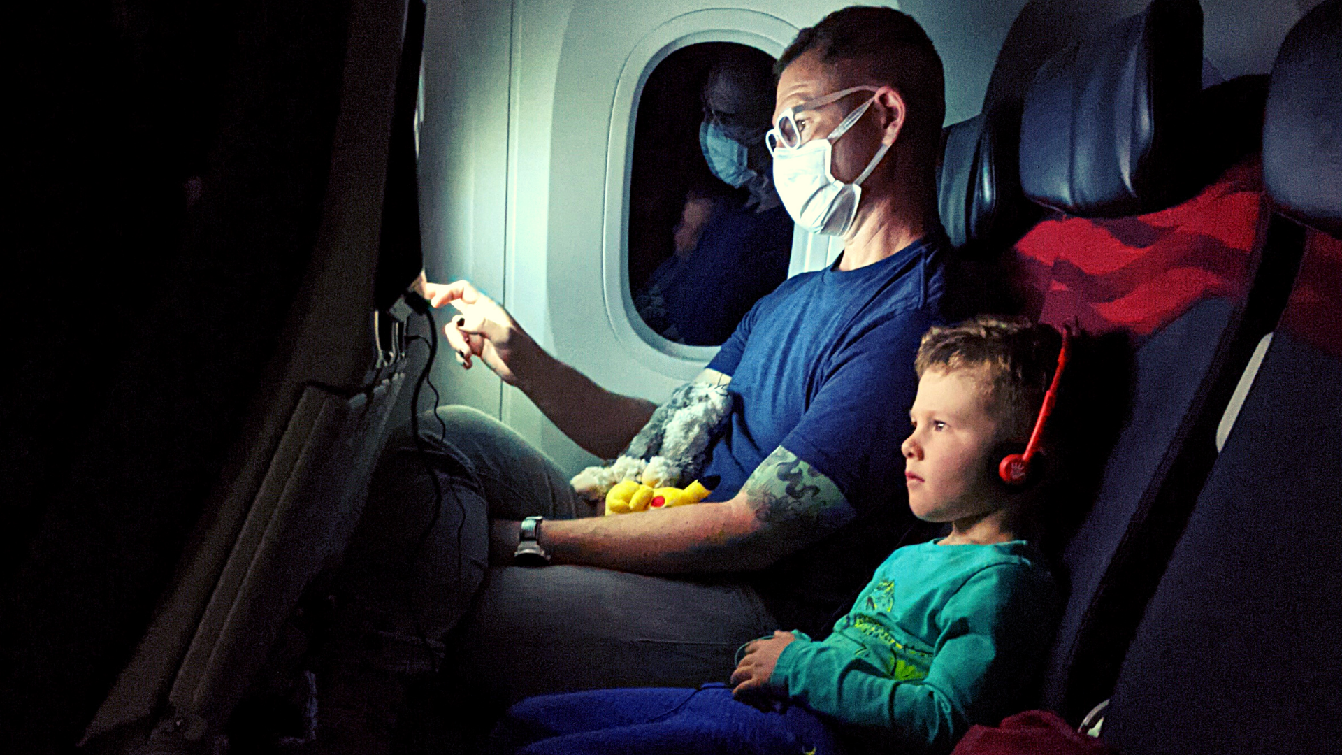 Global Travel with a Toddler: Long Flights